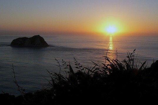 Am East Cape in Neuseeland das neue Jahr begrüßen © Flickr/John Baldock nz