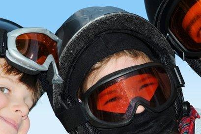 Viele Skigebiete in den Alpen machen tolle Angebote für Kids © Fotofreundin - Fotolia.com