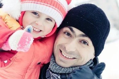 1000 tolle Spiele und Aktivitäten für Wintertage im Schnee