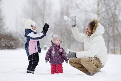 Der Klassiker: die Schneeballschlacht © MNStudio