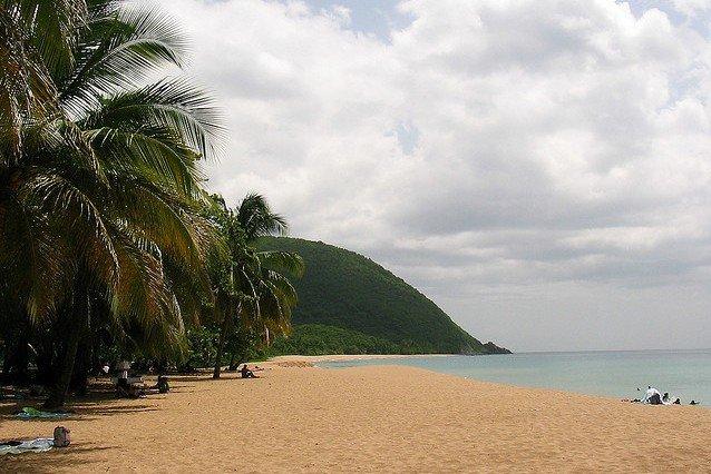 Karibikparadies für Familien auf Guadeloupe © Flickr/Antoine Hubert