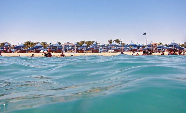 Warmes Wasser in Hurghada gibts auch im Winter © Flickr/Nataraj Metz