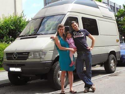 Mit Kleinkind unterwegs quer durch Europa und Asien: in der Welt zu Hause