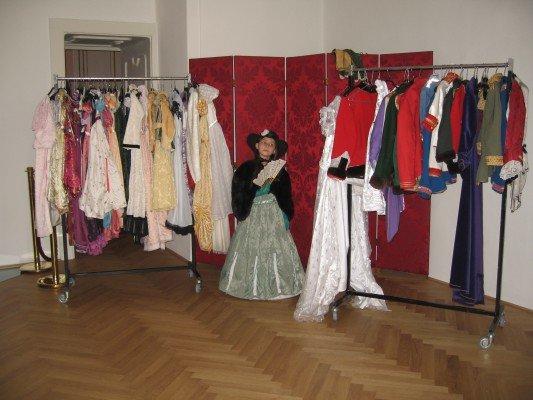 Hofburg: Verkleiden im Sisi-Stil