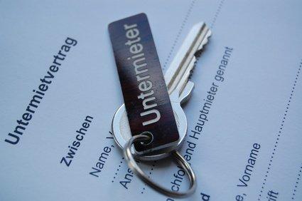 Wichtig: Immer einen Untermietvertrag aufsetzen! © jumedita - Fotolia.de