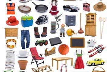 Überflüssige Dinge finden sich in jedem Haushalt.  © by-studio - Fotolia.de