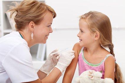 Die Tollwut-Impfung ist in jedem Alter gut verträglich © llike - Fotolia.de