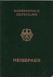 Der vorläufige deutsche Reisepass verfügt über keinen Chip.  © BMI Bundesdruckerei - gemeinfrei