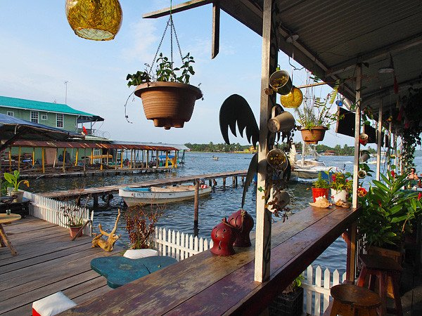 Freundlich und bunt: Panama überrascht © Lars Lilienthal
