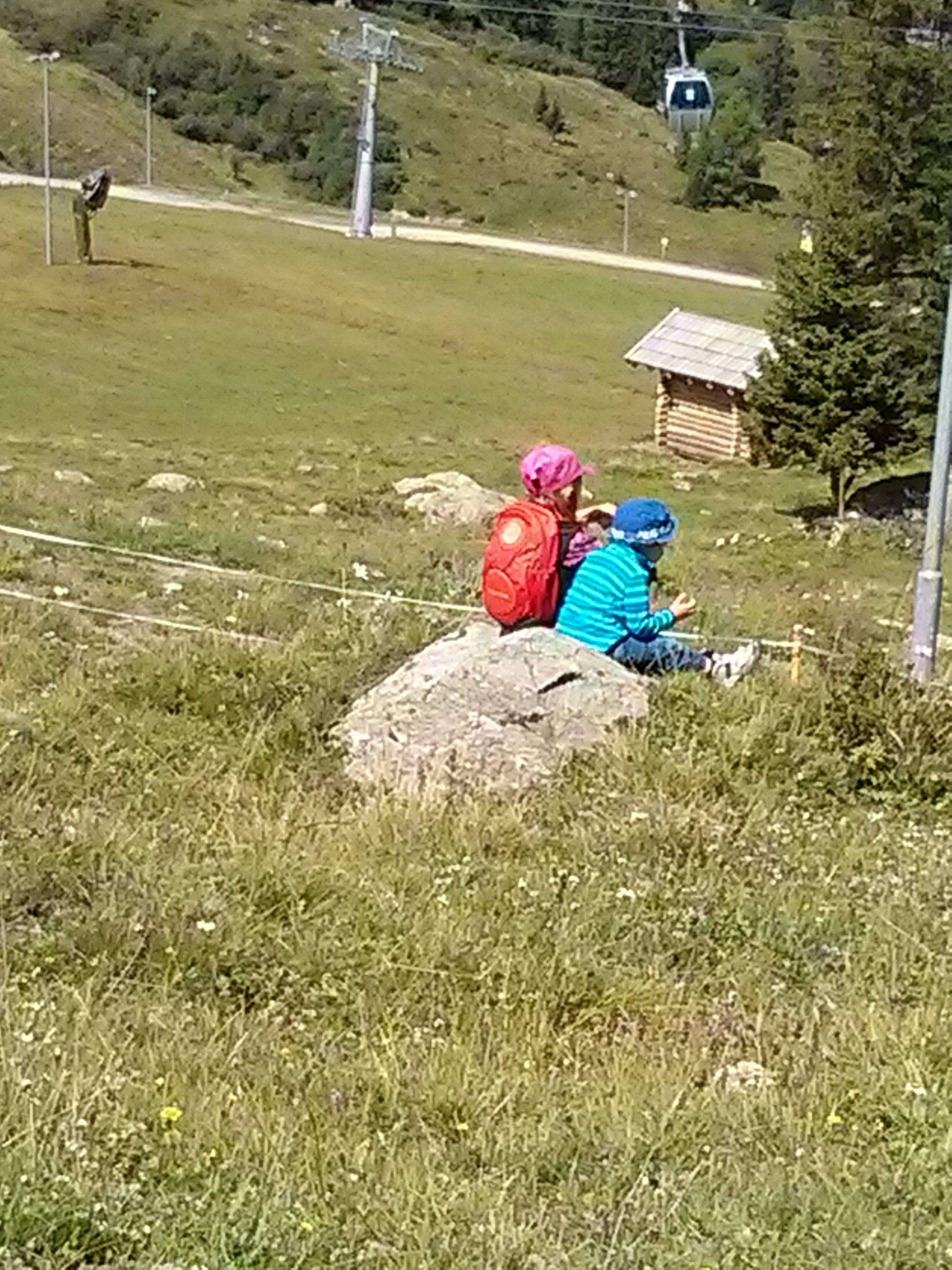 Picknick mit Aussicht auf Berge © ida78