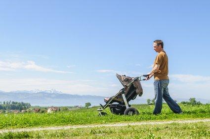 Wandern mit Kinderwagen - so klappt's!