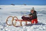 Winterurlaub mit Kleinkind © Fotolia