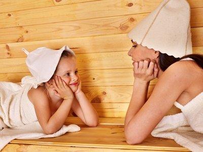Wellness für Kinder - eine altersgerechte Behandlung lässt die Kleinen entspannen © fotolia.de - Gennadiy Poznyakov