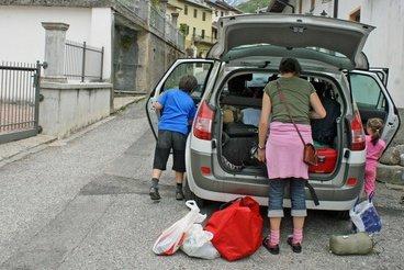 Nicht zu viel einpacken, regelmäßig pausieren, für Beschäftigung sorgen - einfache Tricks gegen stressige Autoreisen © ChiccoDodiFC - Fotolia.com