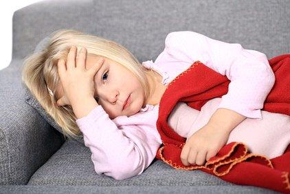 Bauchschmerzen und Durchfall im Urlaub, das wünscht man keinem Kind © BeTa-Artworks - Fotolia.com