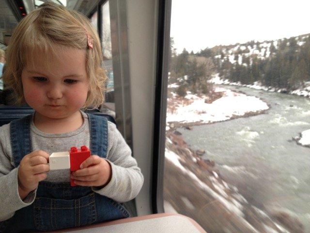 Die Zeit im Zug kann lang werden, wenn es quer durch die USA geht © Inka Schmeling