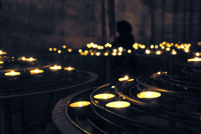 Nach einem Terroranschlag denken viele Urlauber an Abreise © Flickr/Zoltán Vörös