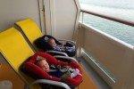 Fährfahrt mit Aussicht - immer schön ruhig! © www.withtwinsaroundtheworld.com