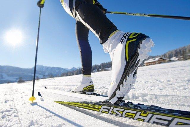 Beim Skilanglauf kommt es auf die Technik an © Pixabay