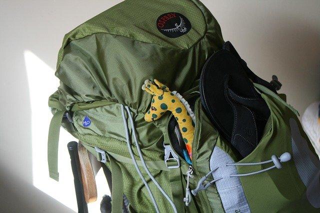 Ein Kinderrucksack gehört zum Backpacking dazu © Pixabay