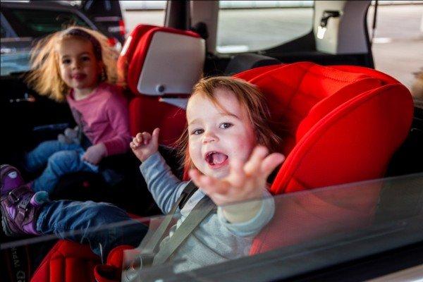 Mit Kindern sicher Autofahren: eure häufigsten Fragen