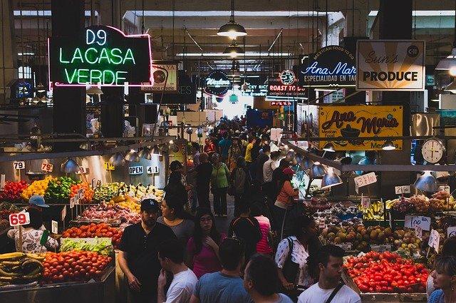 Auf Märkten lernt man ein Land oder eine Stadt richtig kennen © Pixabay