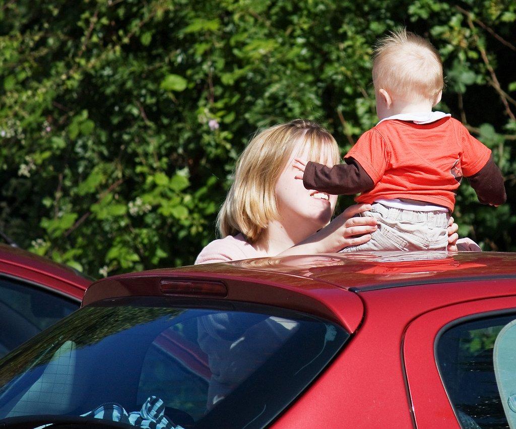 Autofahren mit Baby und Kleinkind - wie Stress für alle vermeiden? © Mike-Green-Flickr