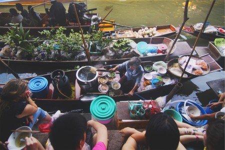 Nicht kochen, nicht abwaschen, nicht aufräumen müssen... © StockSnap/Harvey Enrile