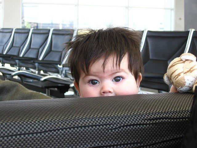 Übernachten am Flughafen - das geht auch mit Kindern © Imp von Matt Brubeck  unter CC BY 2.0