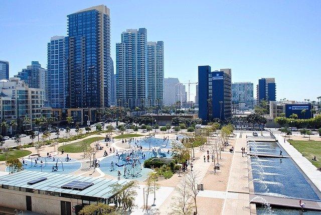 Städte bieten für Familien super Urlaubsmöglichkeiten © Pixabay