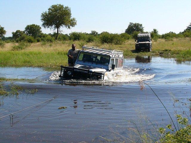 Im Okavango-Delta kann es auch mal nass werden © Pixabay
