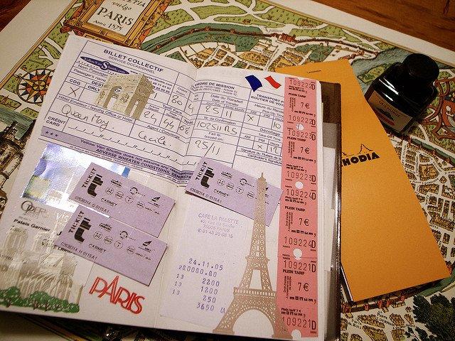 Dauert eine Weile, macht dann aber lange Freude: ein Reise-Scrapbook © reminisce about france trip 2005 von KE-TA unter CC BY-ND 2.0