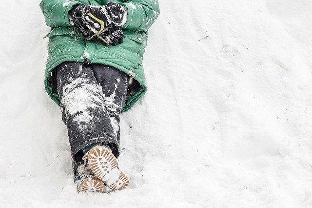 Allein macht Skifahren nur halb so viel Spaß © Pixabay