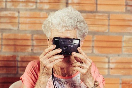 War das Reisen zu Omis Zeiten wirklich besser? © Pixabay