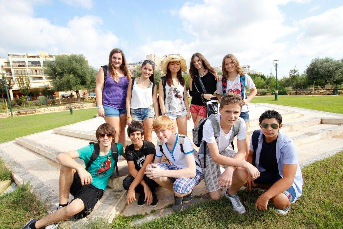 Junge Sprachschüler auf einem Ausflug in Malta © Linguago