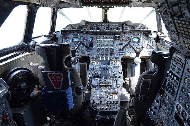 Eine Tour durchs Cockpit? Aber gern! © Pixabay