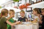 Kinderkompatible Speisekarten gibt es in allen Sauerländer Familienhotels © Schmallenberger Sauerland/Sabrinity