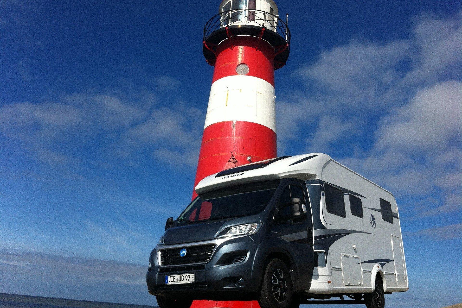 Für den flexiblen Urlaub an der Nordsee: Wohnmobile anmieten bei Erento © Pixabay/Erento