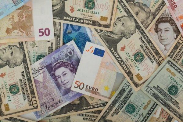 Fremde Währungen im Urlaub – Wo ihr den besten Umtauschkurs bekommt