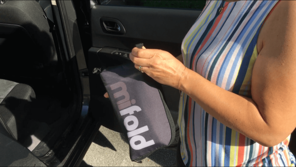 Faltbare und aufblasbare Autokindersitze für den Urlaub - Unsere Empfehlungen